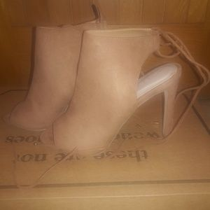 Aldo heels Tan practically brand new worn once